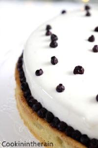 tarte aux myrtilles de la pâtisserie Osmont vue de près