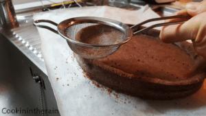 régularisation des bords à la boule à thé