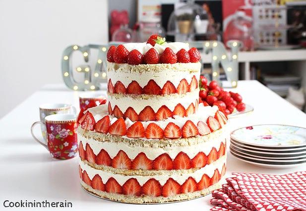 fraisier sur la table