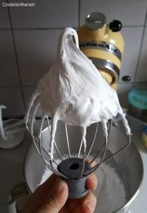 meringue ferme et lisse
