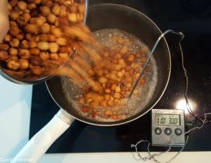 ajout des noisettes dans le sirop à 110°C
