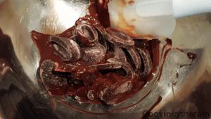fonte du chocolat noir au bain marie