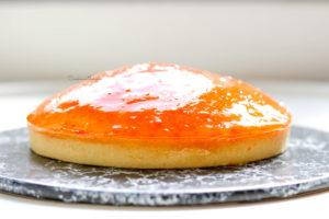 tarte à l'orange de Conticini vue de profil