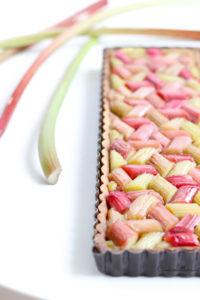 zoom sur la tarte à la rhubarbe