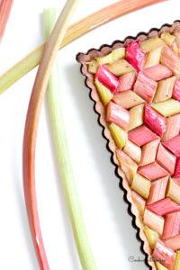 rhubarbe pochée à la crème de framboise