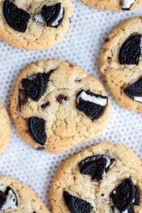 vue du dessus des cookies oréos