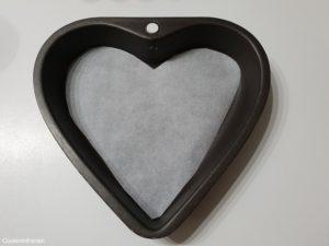 moule coeur chemisé de papier sulfurisé