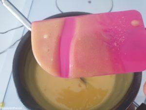 """crème """"anglaise"""" bien épaisse et lisse"""